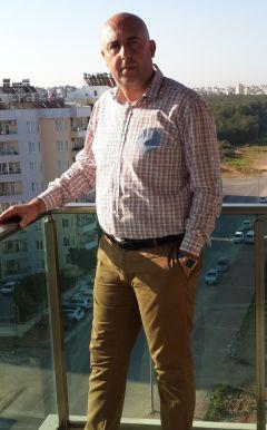 Morlab'in kurucusu Oğuz Öztürk, projelerin çıktısını ortalama iki yılda alabildiklerini anlatıyor.